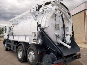 camión vaciado fosa séptica